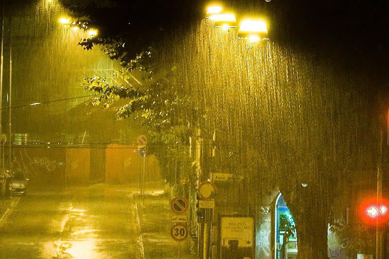strobe city rain