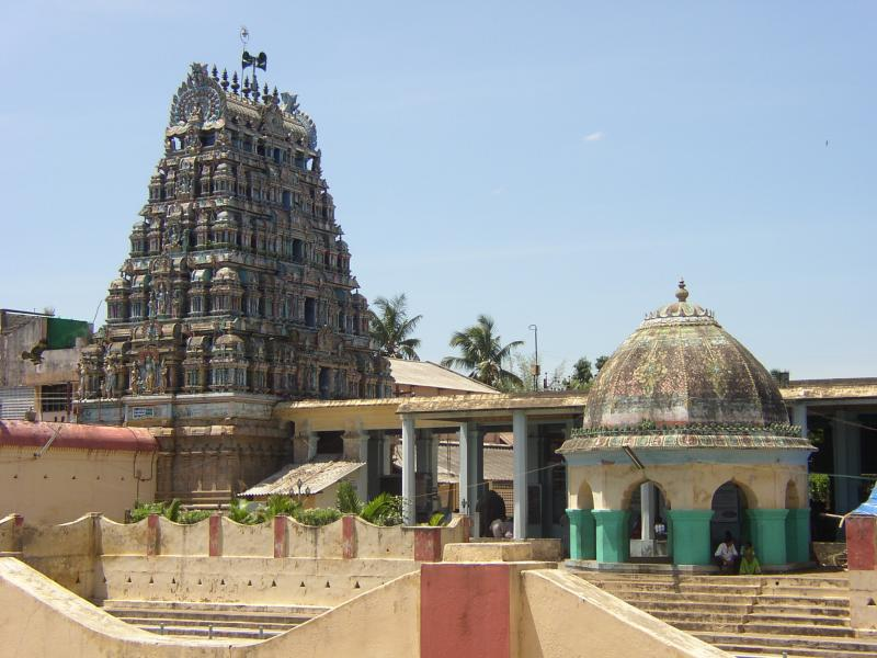Main gOpuram-close view