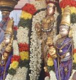 Striking similarity of sonna-vaNNam with thepperumal