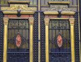 Puerta Principal del Museo del Ejército