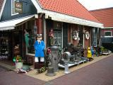 Bric-a-brac souvenir store