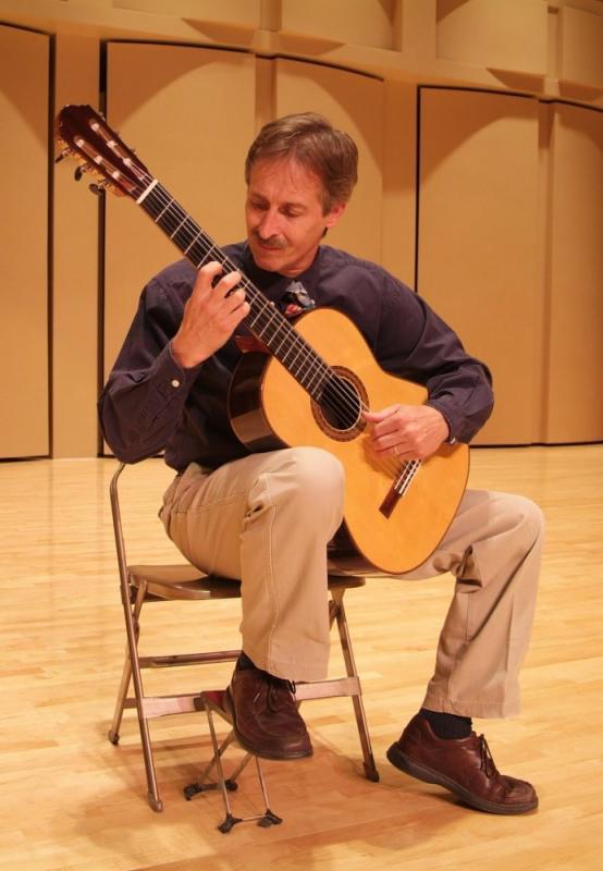 Bill OBrien, guitarist, Edited96 smallfile.JPG