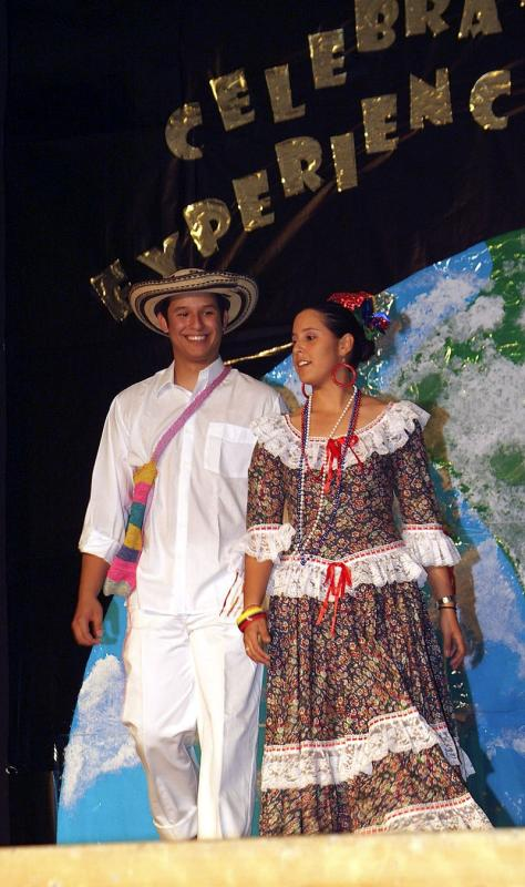 ISU International Night 2005 Fashion Show DSCF0373.jpg