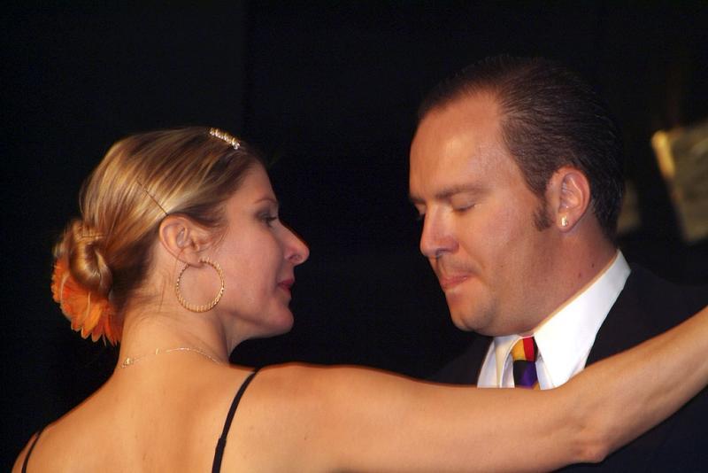 Tango at ISU International Night 2005 DSCF0304.jpg