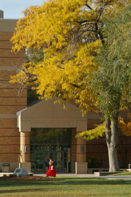 Autumn at ISU -- Physical Science Building DSCF0484.jpg