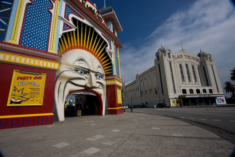 3646 14:12 Luna Park Vs The Palais Theatre