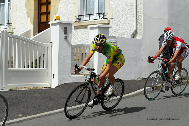 Course de vélo dans le village du Bonot - MK3_9698 DxO Pbase.jpg