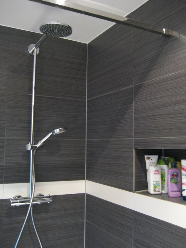 Inrichting badkamer toon jouw badkamer bouwinfo inloopdouche antwerpen - Douche italiaans ontwerp ...