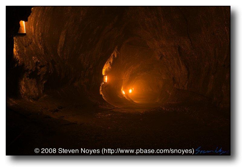 Tube of Fire : Thurston Lava Tube : Hawaii