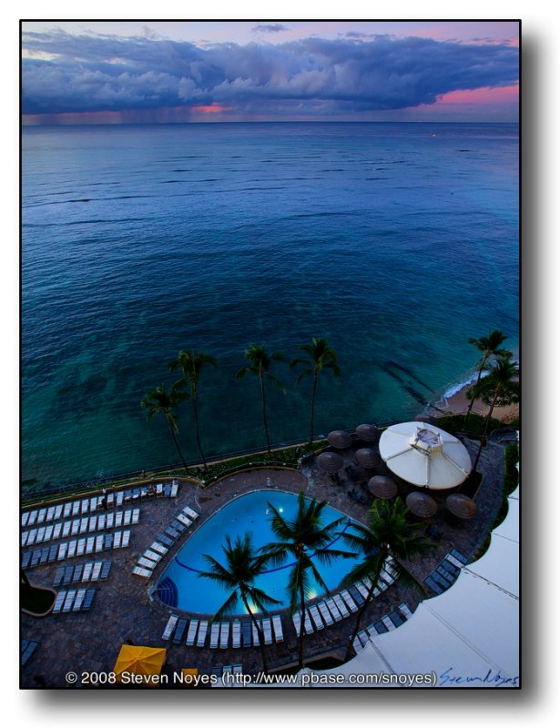 A Hawian Storm : Waikiki Sheraton : Oahu Hawaii