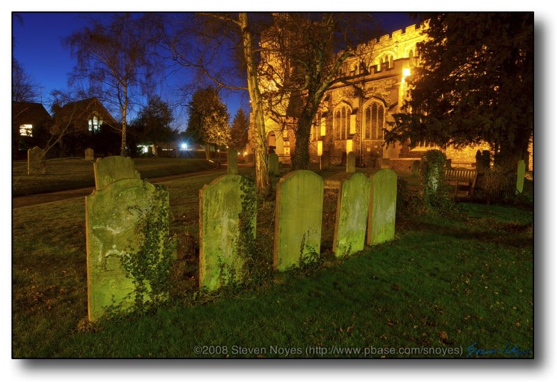 Tring, UK : Left Buried