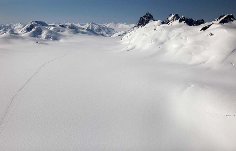 Salmon-Frank Mackie Glaciers, View SSW <br> ( CassiarCambria043009-_054.jpg)