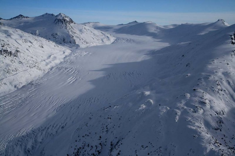 Stanley Smith Glacier, View SE <br> (Lillooet011508-_0863.jpg)