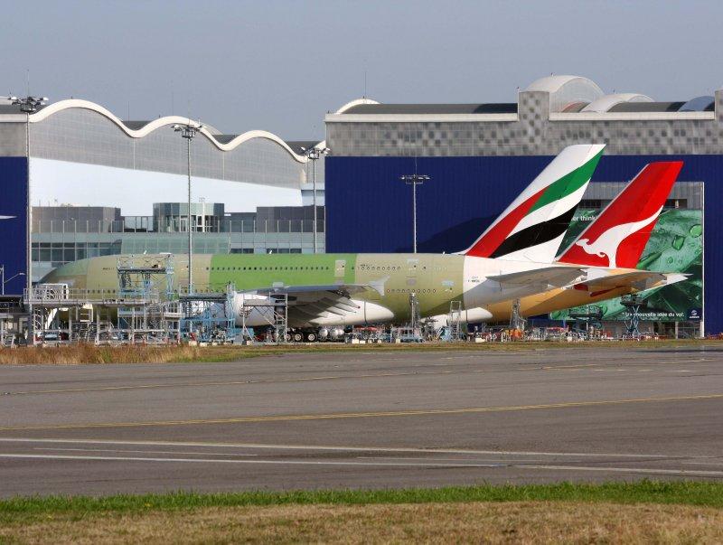 Airbus A380s (EK-#017/F-WWSN)