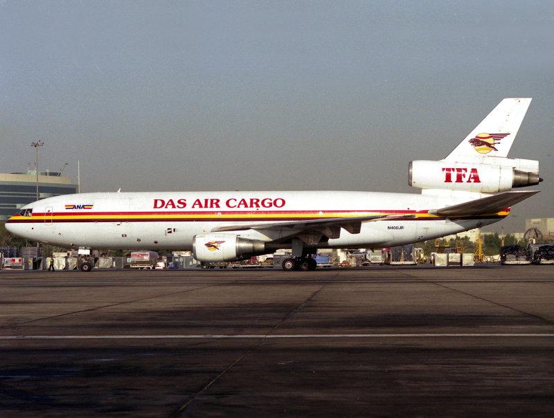 DC10-30F  N400JR