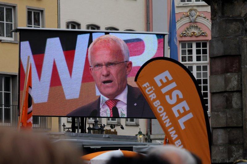 The politician Jürgen Rüttgers (CDU) in Bonn (Germany)