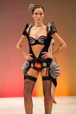 Pbase lingerie fashion show