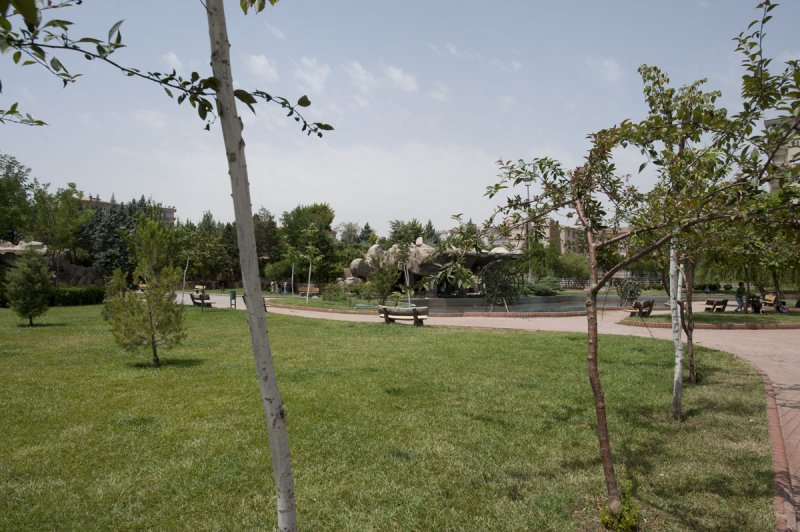 Diyarbakir June 2010 7999.jpg