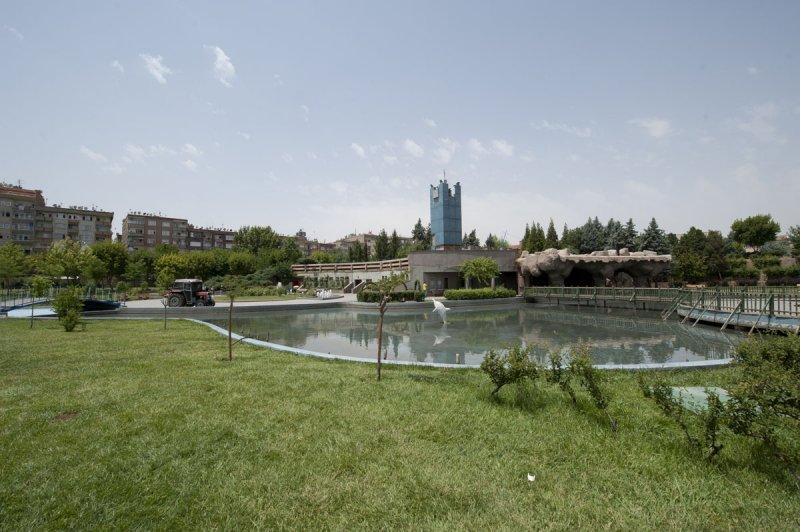 Diyarbakir June 2010 8001.jpg
