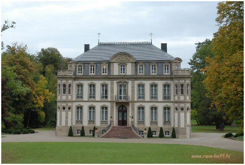 Chateau Bugatti Dorlisheim photo - rene hoff photos at pbase.com