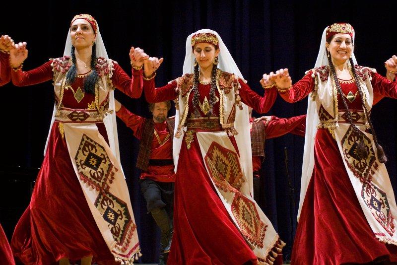 IMGP2114_edited-1.jpg Arax Armenian Dance Ensemble