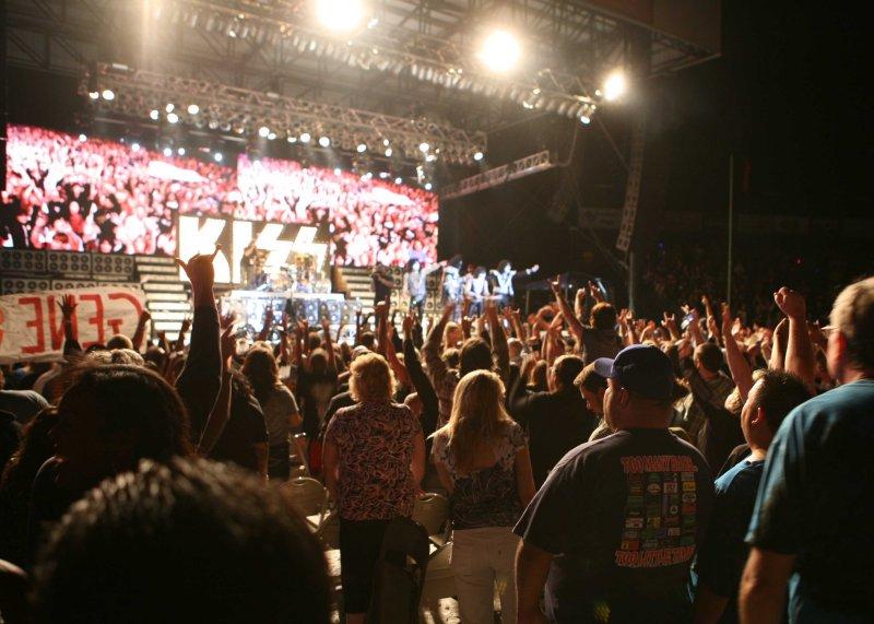 a The Crowd.jpg