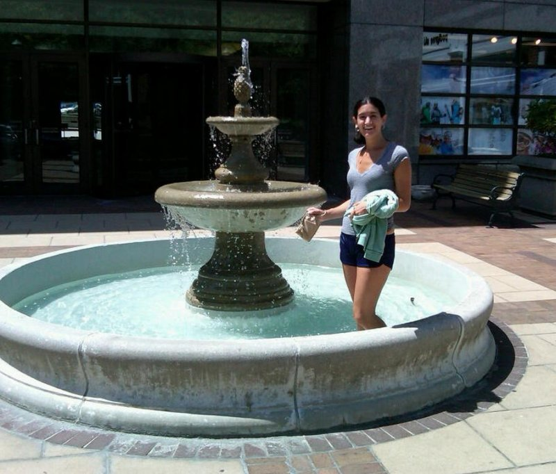 Laura in pool