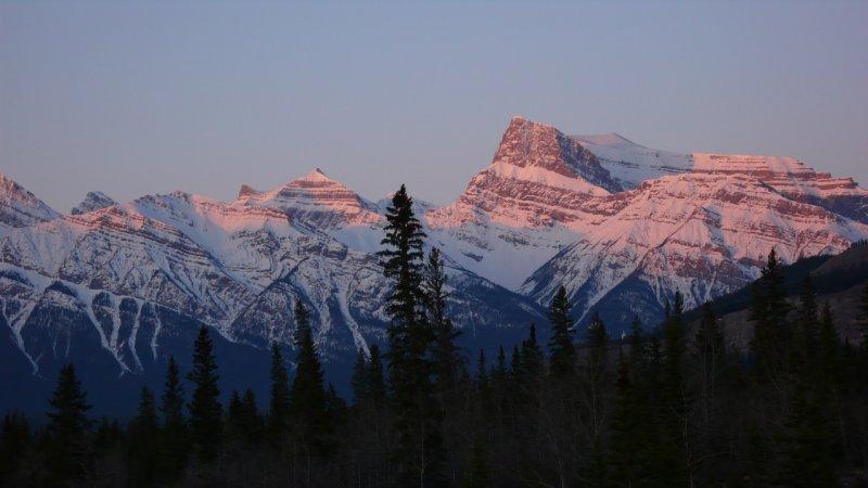 Morning alpenglow.jpg