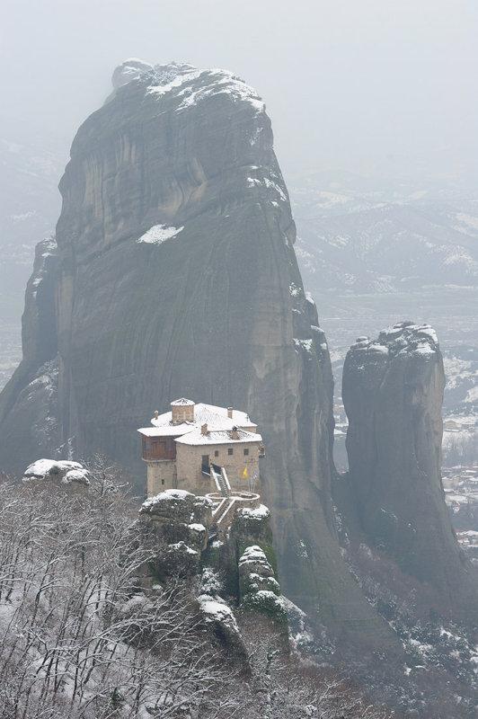 Meteora. Roussanou monastery