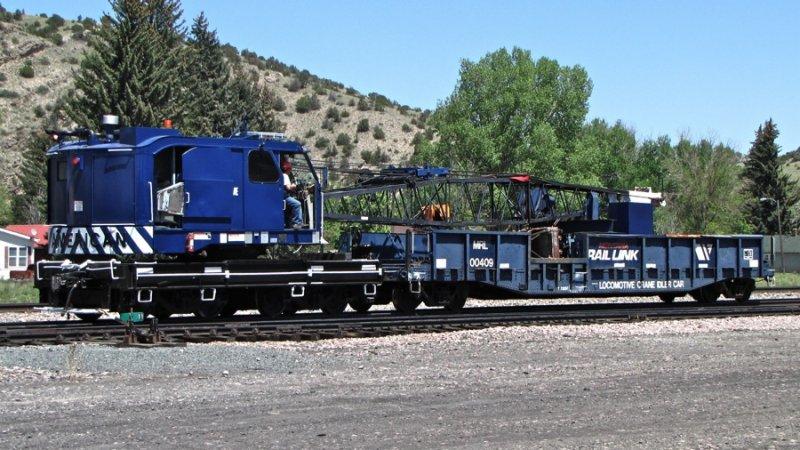 MRL 100301 Crane, MRL 100409 (idler flat) - Logan, MT 5/28/09