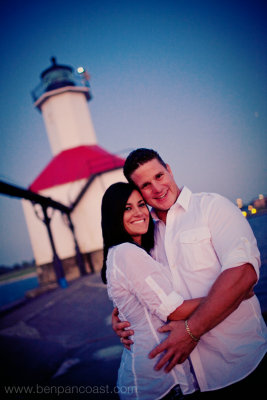 Lighthouse, enagement pictures, sunset, michigan