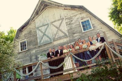 Bridal party, wedding party, barn wedding, blue dress barn
