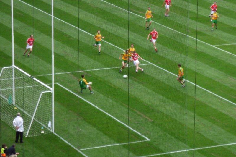 Gaelic football (video)