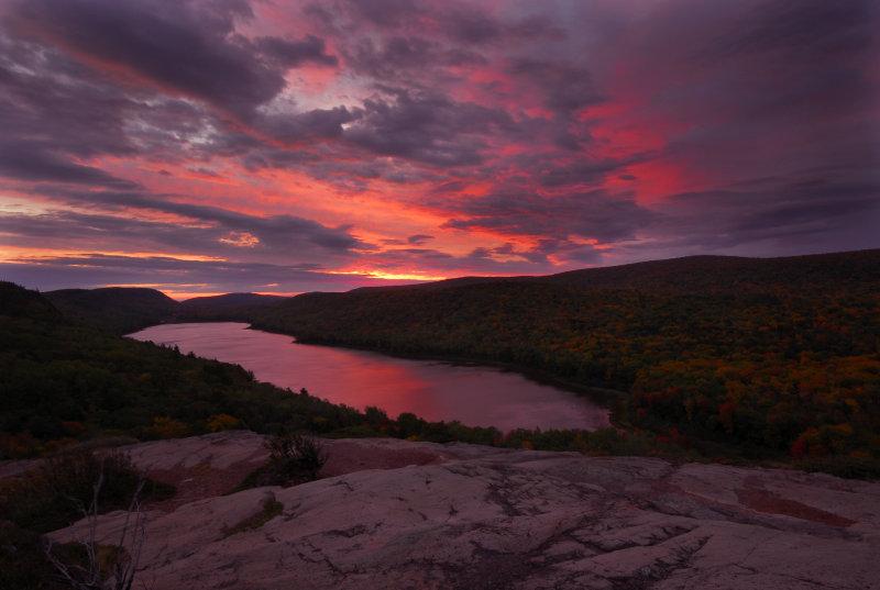 Dawn at Lake of the Clouds