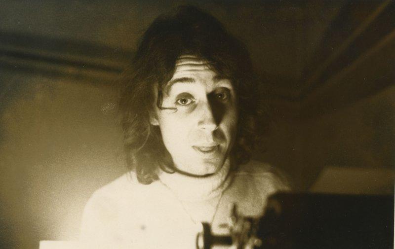 1971 - Opal at typewriter - London