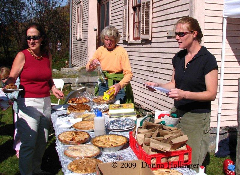 Apple Pie Contest.