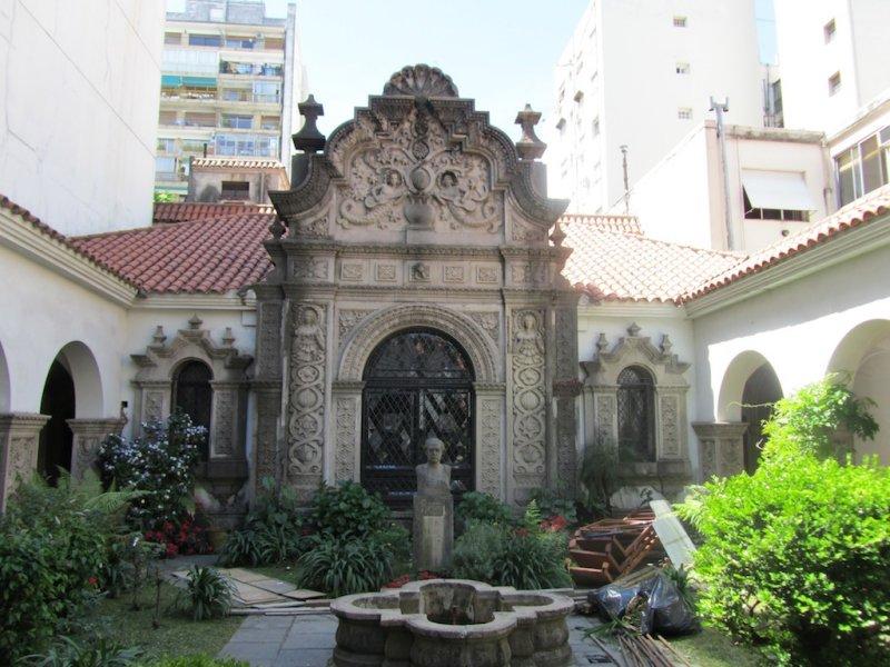 the Ricardo Rojas house