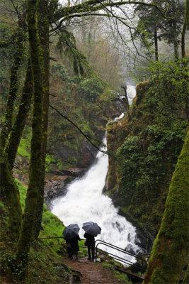 Cascades à Gimel en Corrèze (France) - Pluie et brumisation