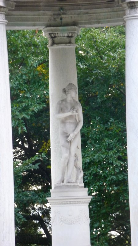 Close-up of the Venus sculpture.  Junior liked classical art; hence, the classical origins of the house and garden design.