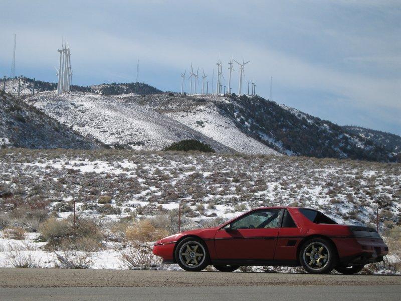 Tehachapi <--> Willow Springs Highway