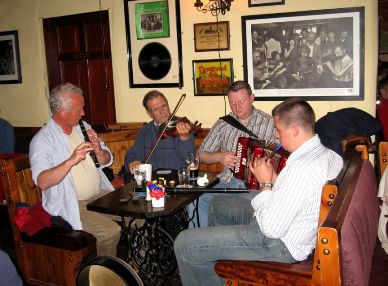 Making a joyful sound at OConnors pub in Doolin