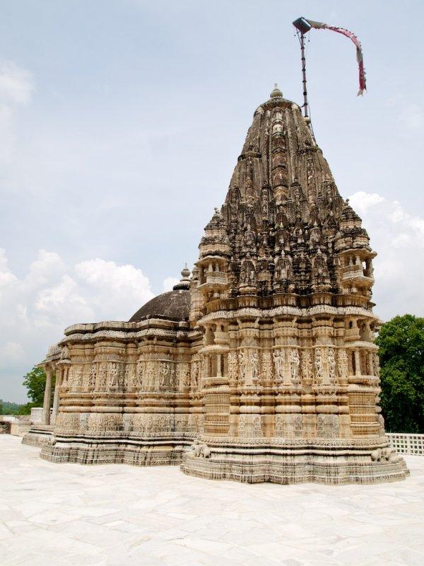 A gorgeous mini-temple 2