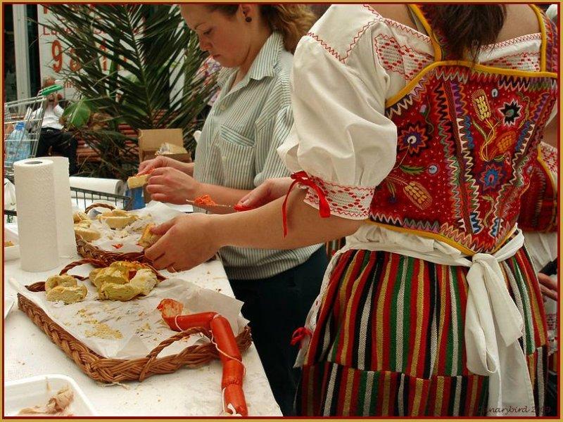 preparing chorizo