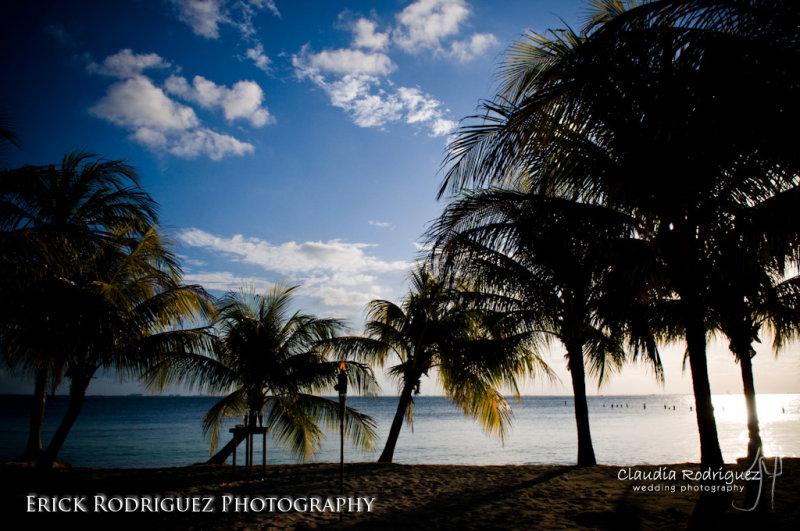 Photo by Erick Rodriguez  www.claudiaphoto.com