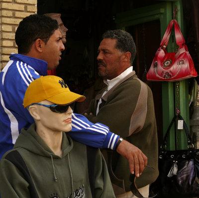 Discussion, Tozeur, Tunisia, 2008