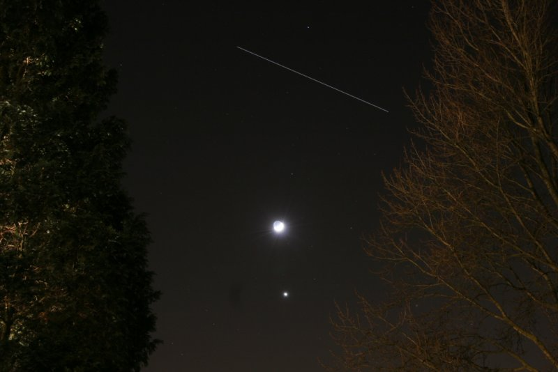 Moon, Venus and the ISS - 30 january 2009