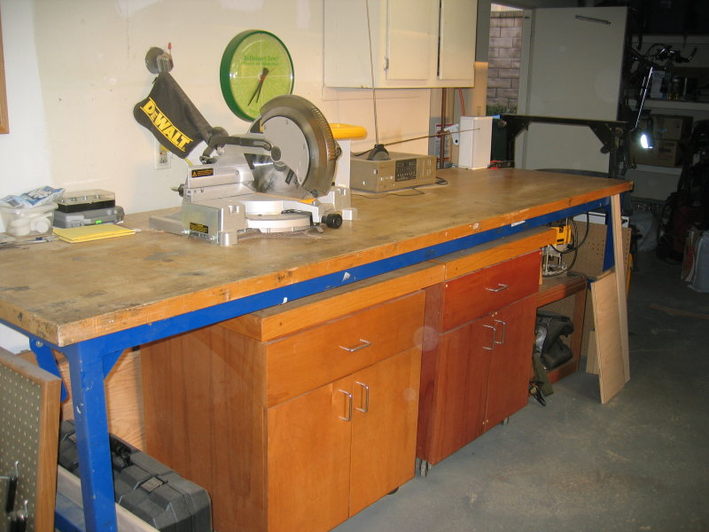 Rolling shop cabinets
