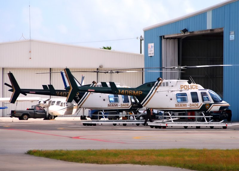 Miami Dade Police Dept Bell 206 ( N406MP )