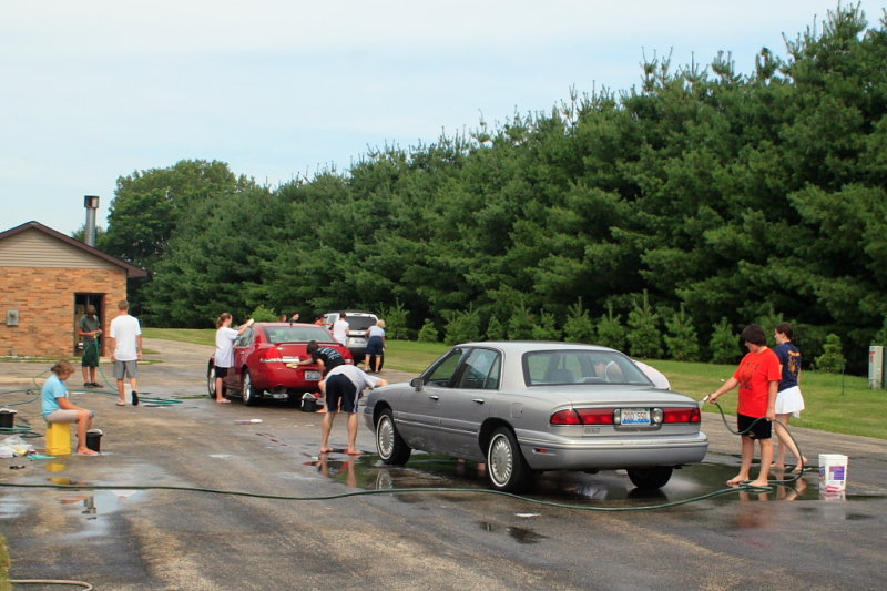FCC Car Wash 2010 IMG 002.JPG