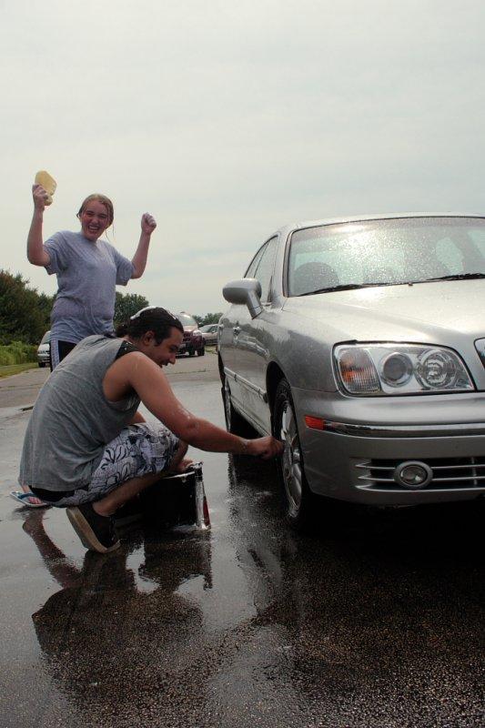 FCC Car Wash 2010 IMG 018.JPG